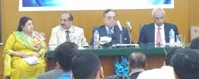 India can't isolate Pakistan: Kasuri